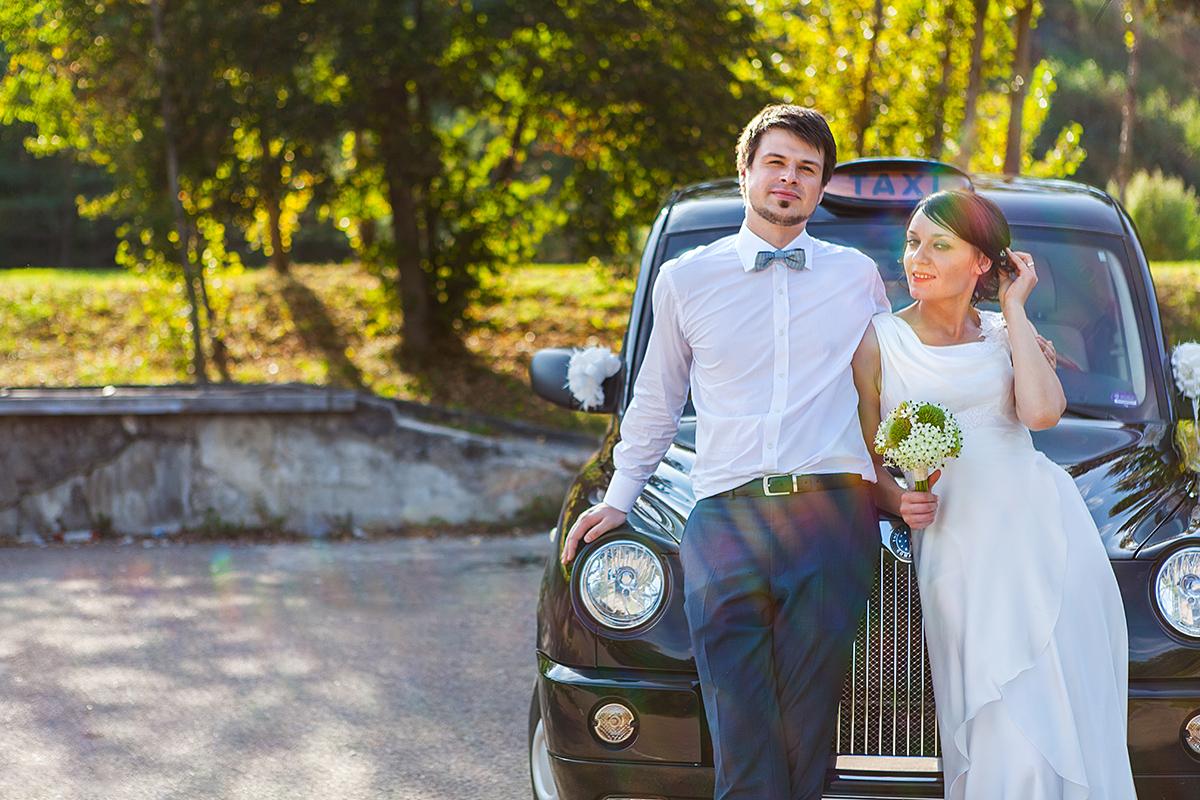 taxi, london cab, mašina, vestuvių akimirka