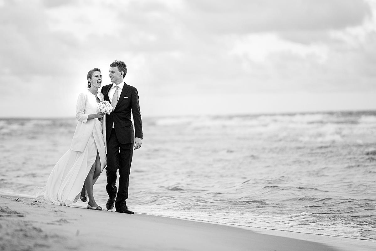 jūra, pajūrys, paplūdimys, emocija, vestuvės prie jūros, vestuvės ant smėlio