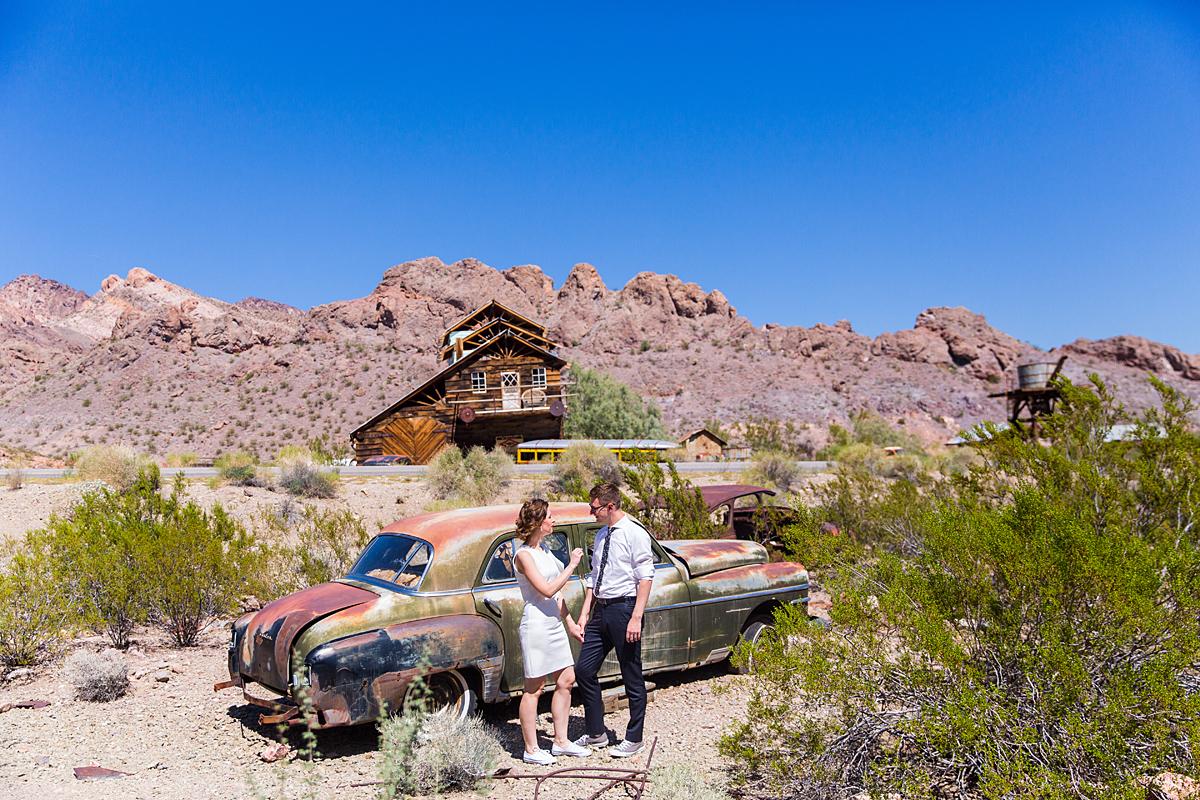 dykuma, saulė, kalnai, amerika, vestuvių akimirka, sena mašina, las vegas, nelson ghost town